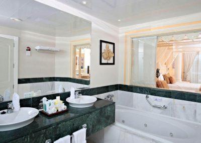 DR-Bathroom